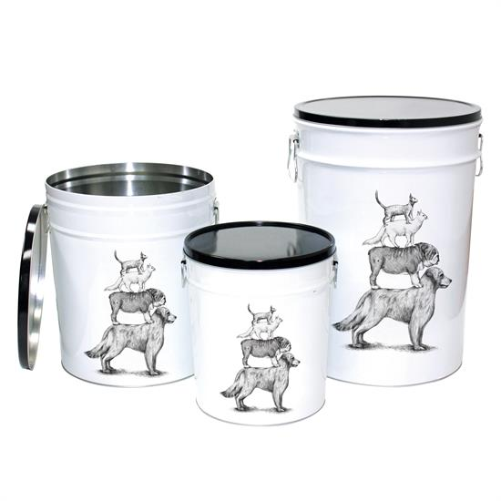 beonebreed-white-dog-tins