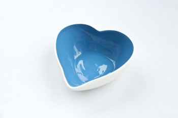 great jacks bule_heart_shape_assorted_ceramic_dog_bowl